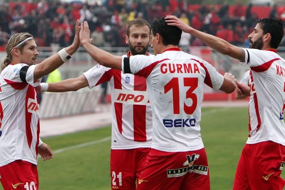 Football League: Στις… φλόγες Βόλος και Θεσσαλονίκη