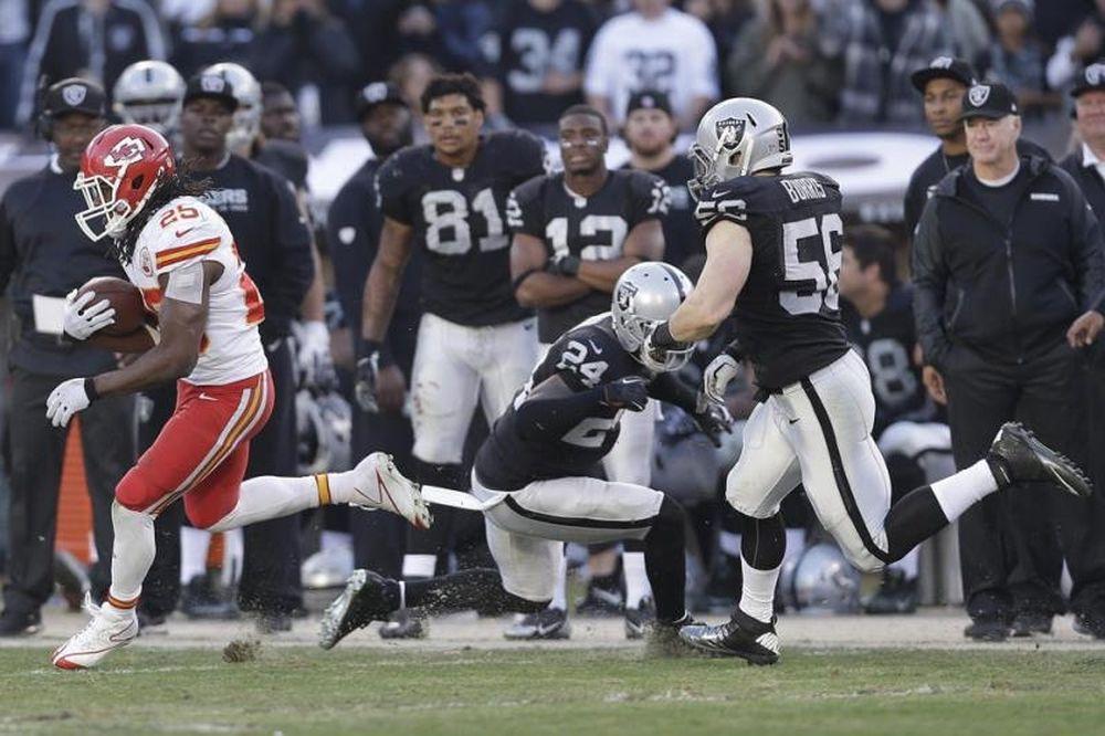 NFL: Ασταμάτητος ο Charles των Τσιφς (videos)