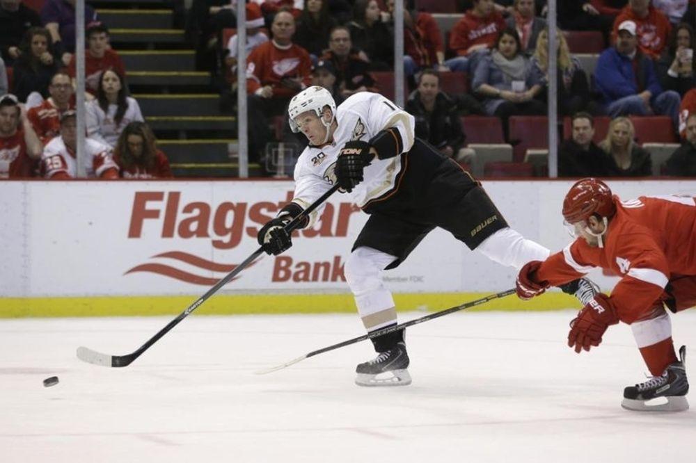 NHL: Πάνω οι Ντακς, κάτω οι Ουίνγκς (videos)