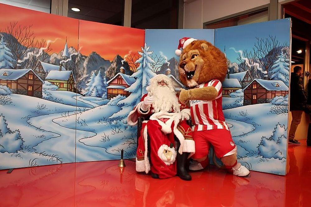 Ολυμπιακός: «Ερυθρόλευκα» Χριστούγεννα! (photos)
