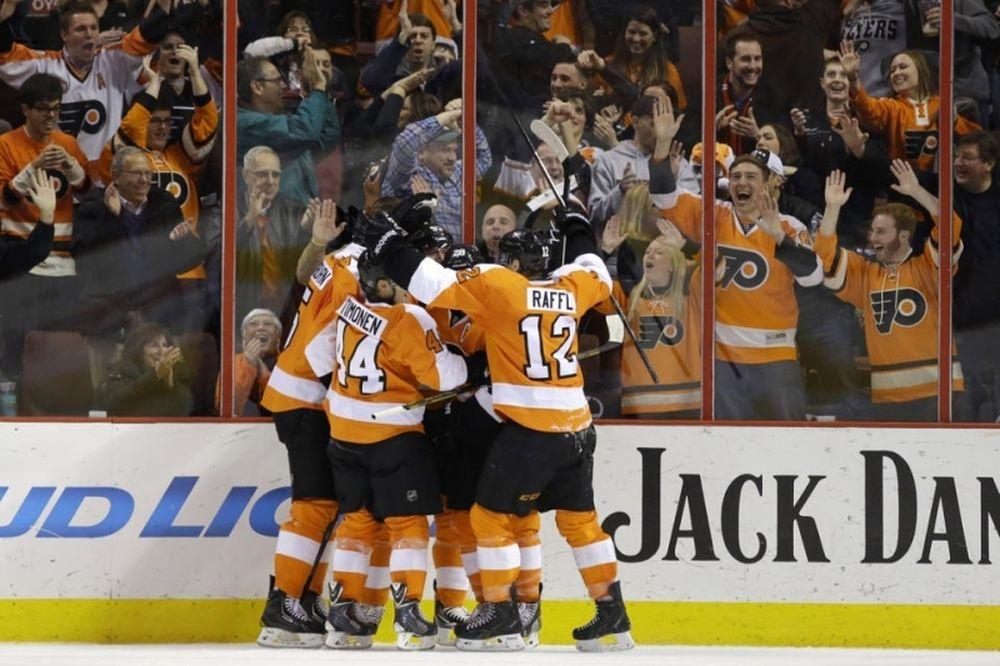 NHL: «Λάμψη» Giroux στη Φιλαδέλφεια (videos)