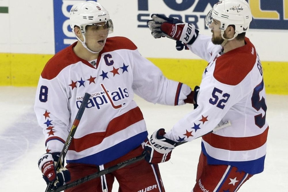 NHL: «400άρης» ο Ovechkin (videos)