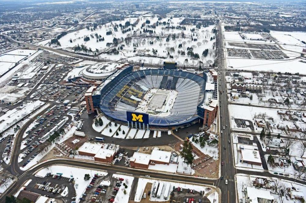 NHL: Ετοιμασίες για ρεκόρ 100,000 θεατών (photos)