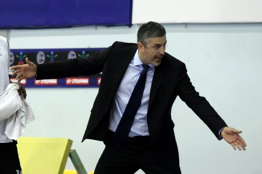 Βετούλας: «Έπρεπε να χάσουμε με 40 πόντους»