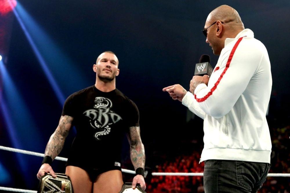Raw SuperShow: Αγριεμένος ο Batista (photos+videos)