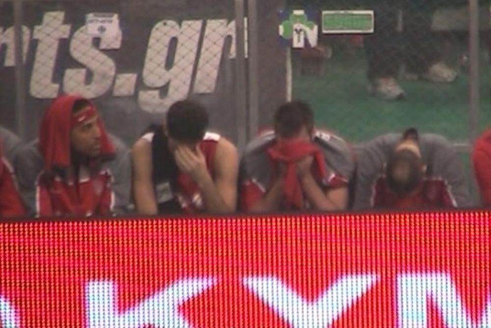 Onsports TV: Με σκυμμένο κεφάλι (video)