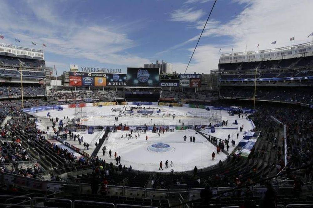 NHL: Χιονισμένοι Ρέιντζερς στο «Yankee Stadium» (videos)
