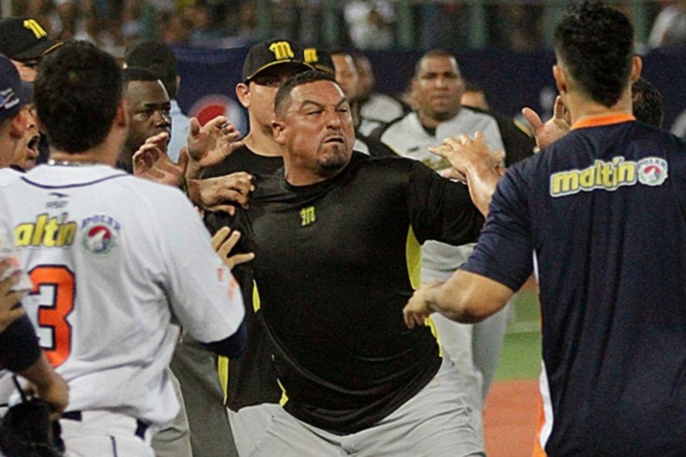 MLB: Πλακώθηκε ο Zambrano στη Βενεζουέλα (video)