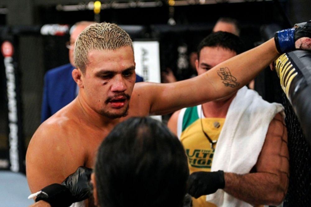 UFC: «Άκυρο» στον ρατσιστή Manawaroa