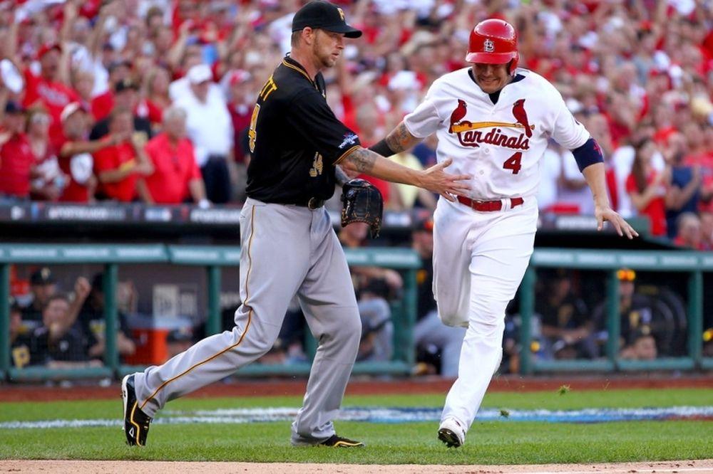 MLB: Burnett στους Φίλις και Arroyo στους «ντάιμοντς»