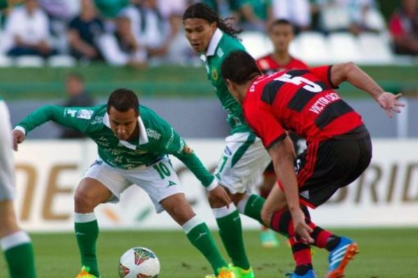 Κόπα Λιμπερταδόρες: «Σφαλιάρες» σε Βραζιλιάνους (videos)