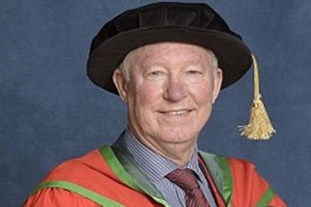 Σερ Άλεξ Φέργκιουσον: Δοκτορά από Πανεπιστήμιο (photos)