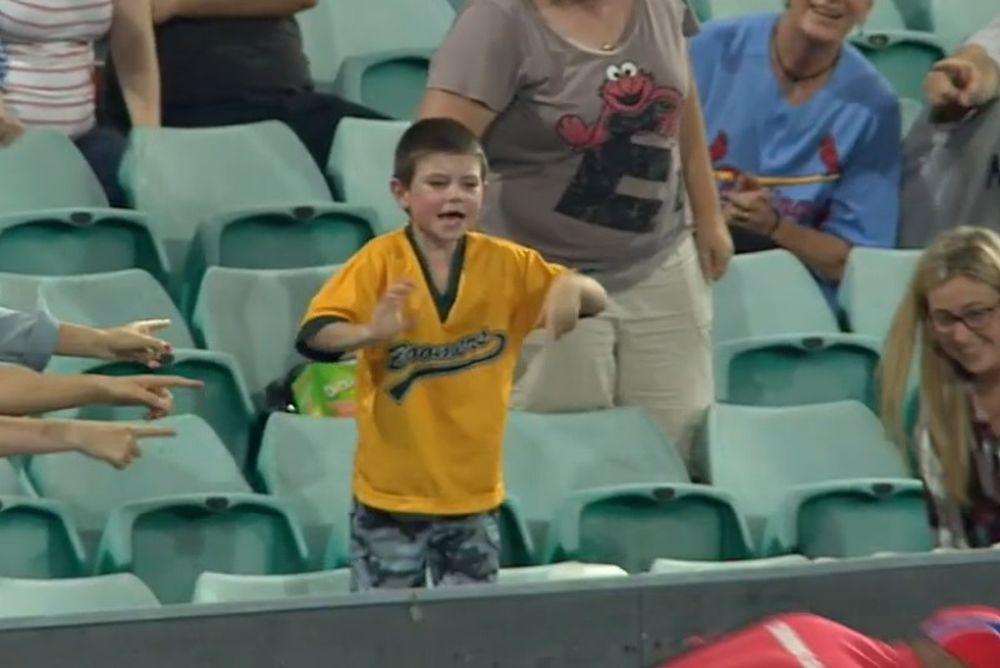 Μπέιζμπολ: Δώστε του την μπάλα, θα πάθει… κρίση! (video)