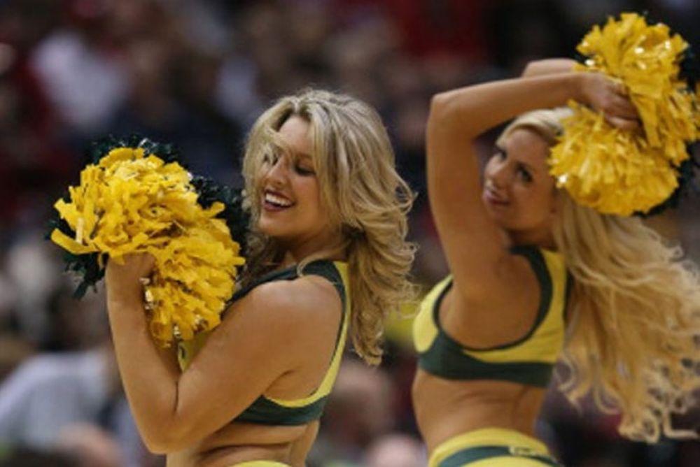 NCAA: Και αυτές οι cheerleaders έχουν… ψυχή! (photos+video)