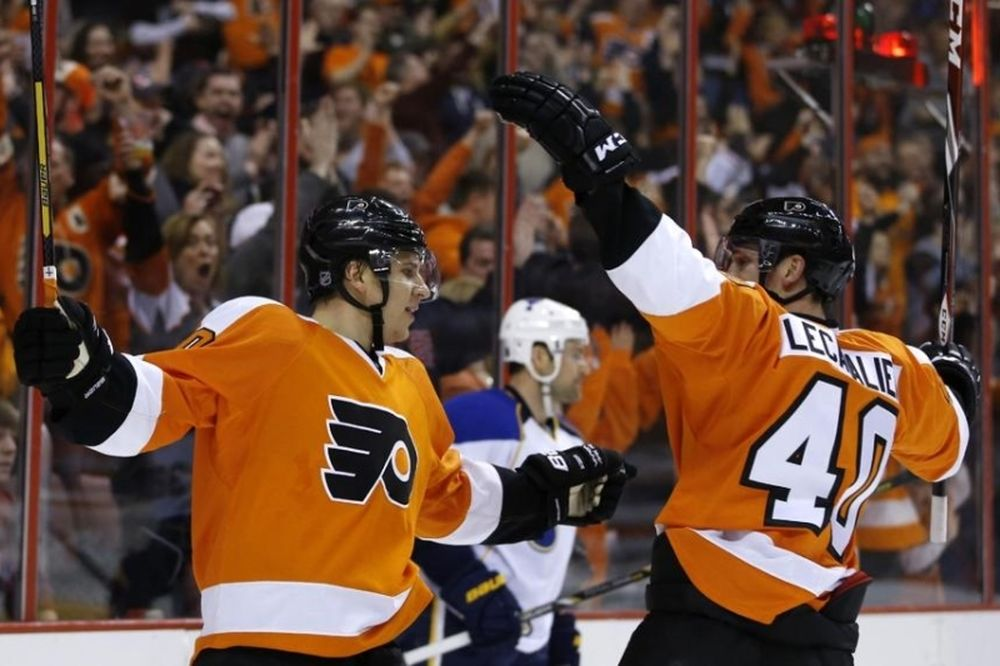 NHL: Συμβόλαιο και σερί για Φλάιερς (videos)