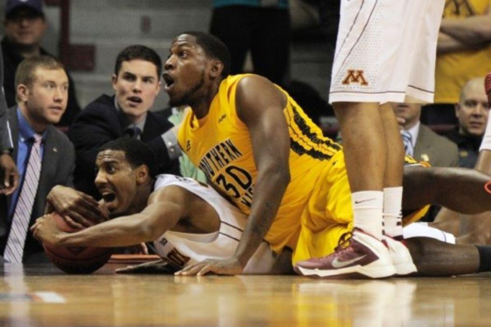 NCAA: Τετράδα για Κλέμσον και Μινεσότα (video)