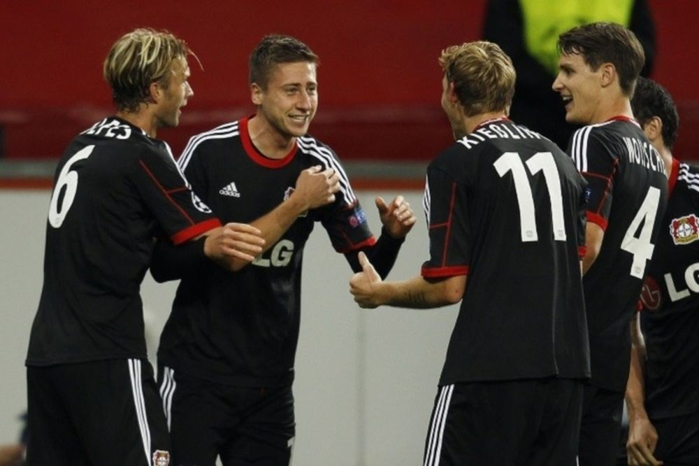 Bundesliga: Ζωντανή η Λεβερκούζεν, «βυθίζεται» η Στουτγκάρδη!