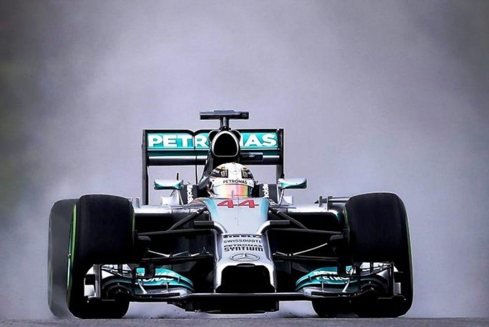 Formula 1: Πολ ποζίσιον στη βροχή για Χάμιλτον