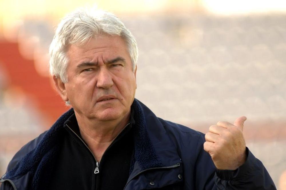 Κατσαβάκης: «Πρέπει να πάρουμε το βραβείο αδικίας»