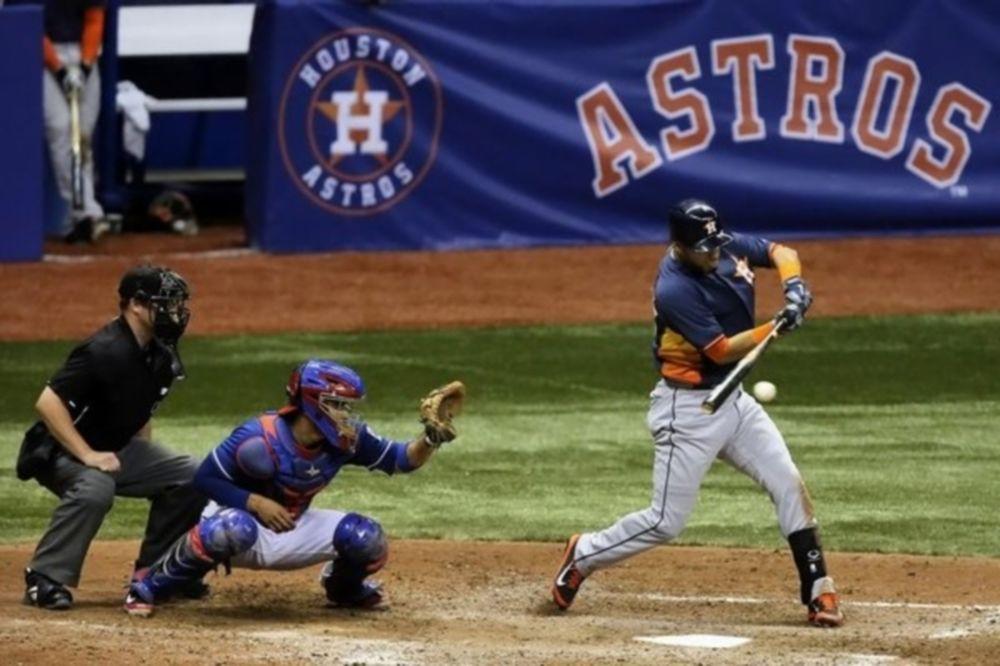 MLB: «Σκούπισαν» οι Άστρος