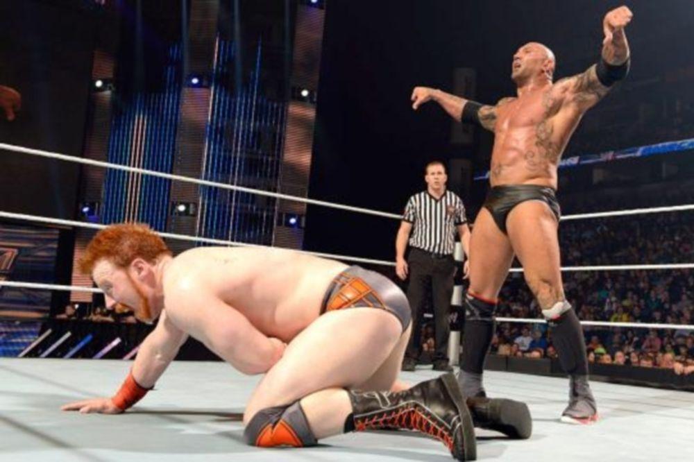 SmackDown: Ο Sheamus δεν σταμάτησε τους… Evolution (photos+videos)