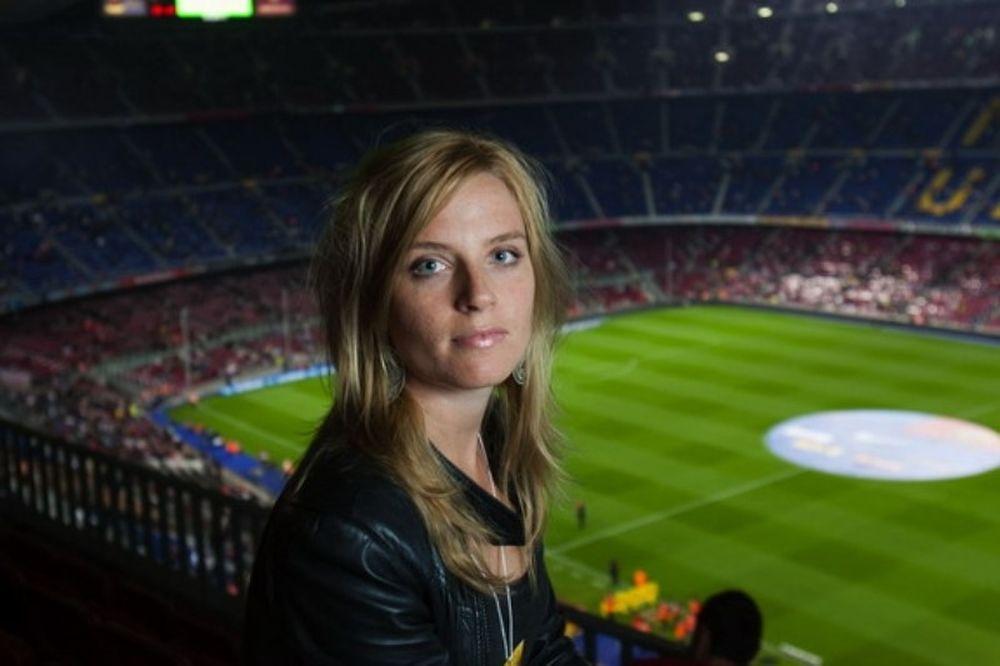Σουηδέζα ρεπόρτερ στο Onsports: «Το ξύλο δεν σε κάνει άνδρα!» (photos+videos)