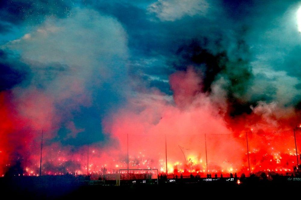 Οι καλύτερες ατμόσφαιρες σε γήπεδα με… ελληνικές συμμετοχές (videos)