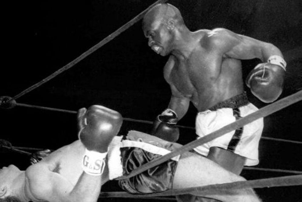 Πυγμαχία: Έφυγε ο «Χάρικεϊν»