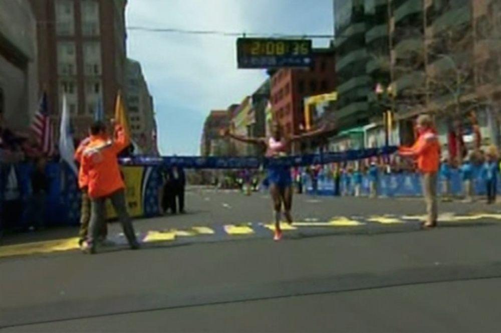 Μαραθώνιος Βοστόνης: Νίκησε Αμερικανός μετά από 31 χρόνια! (photos)