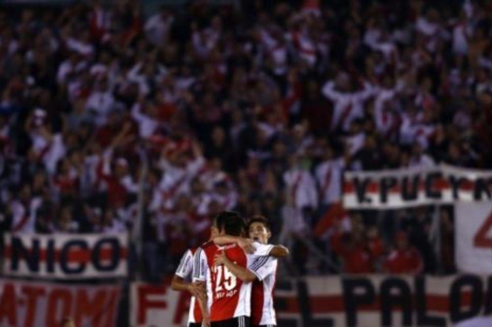 Αργεντινή: Πρώτη η Ρίβερ (videos)