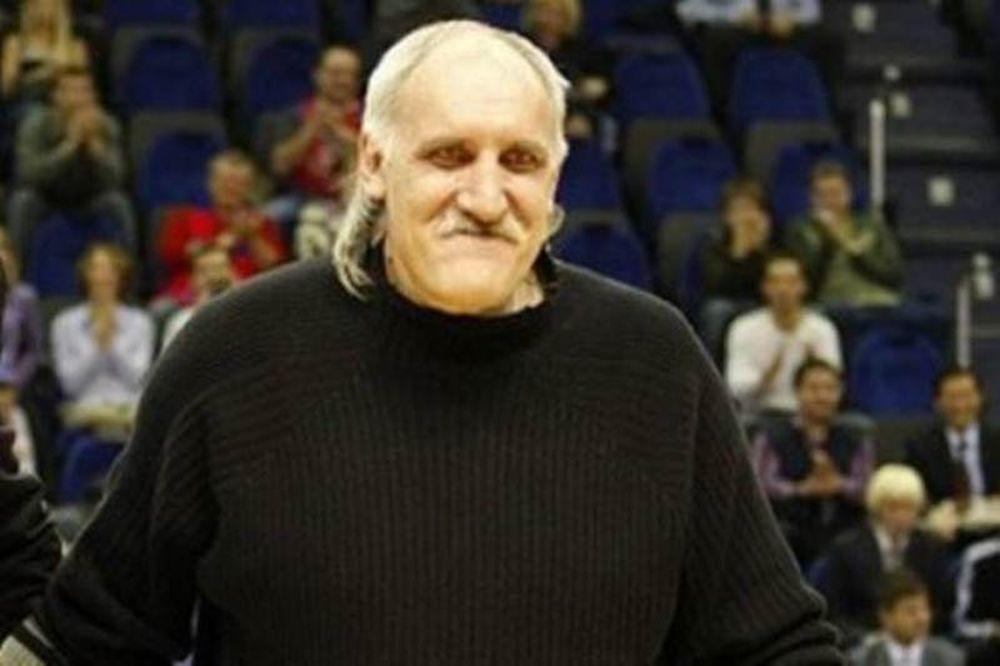 Τσατσένκο: «Πεισματάρηδες οι Έλληνες»