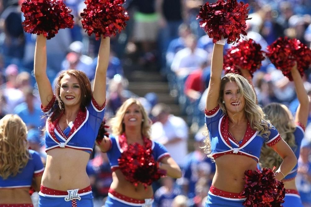 NFL: Μήνυση από Cheerleaders στους Μπιλς