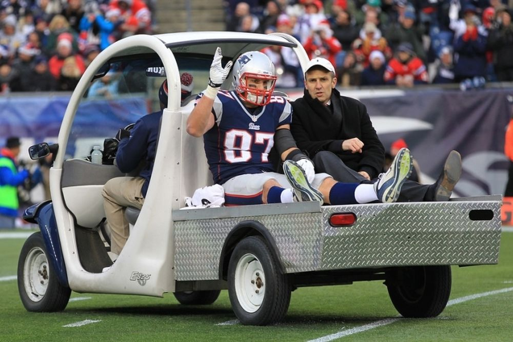 NFL: Διστακτικός ο Gronkowski