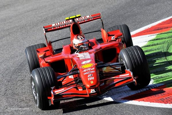 Formula 1: Ατύχημα με Ραικόνεν (video)