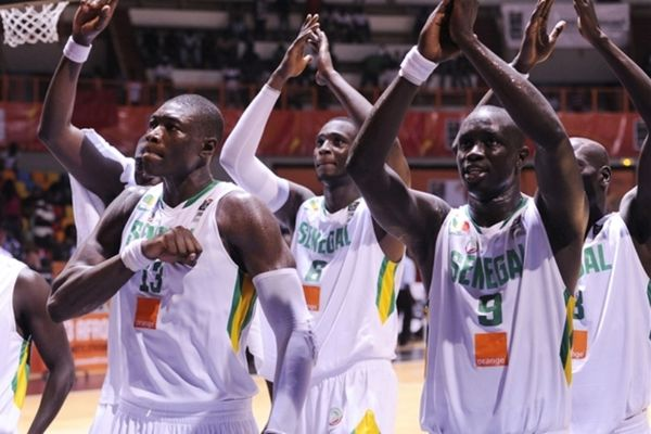 Σενεγάλη: Κόπηκαν έξι, «μέσα» ο Φαγέ