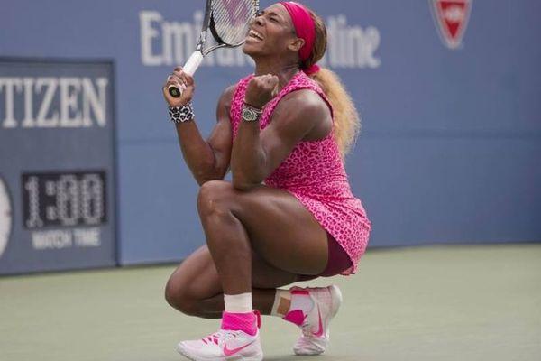 US Open: «Τρέλανε» κόσμο με το φούξια λεοπάρ φόρεμα η Σερένα (photos)