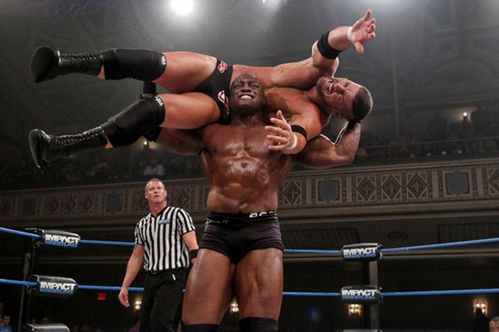 TNA Impact Wrestling: Συνεχίζει ως πρωταθλητής ο Lashley (photos+videos)