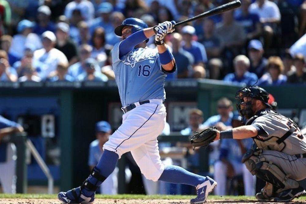 MLB: Απέφυγαν sweep αποκλεισμού οι Ρόαγιαλς (videos)