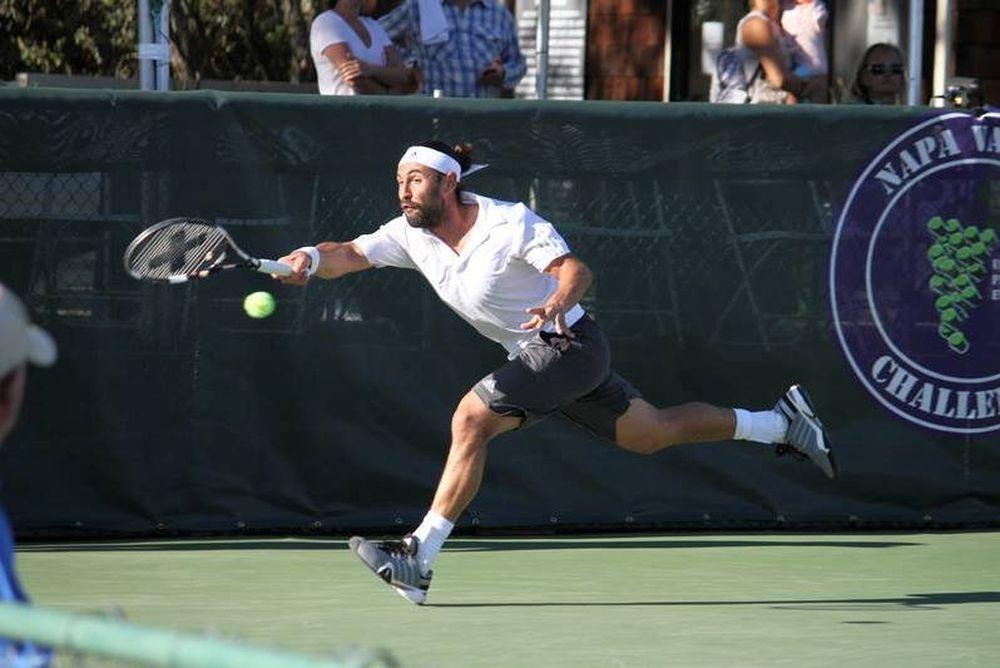 Τένις: Ανέβηκε ο Παγδατής, σταθερός ο Κύργιος