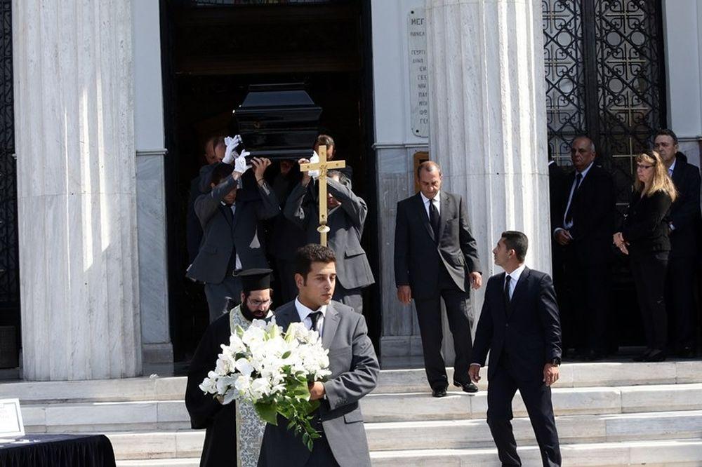 Ολυμπιακός: Κηδεύτηκε ο Τραυλός (photos)