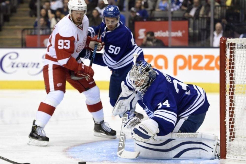 NHL: «Καθάρισε» και τραυματίστηκε ο Johan Franzen (videos)