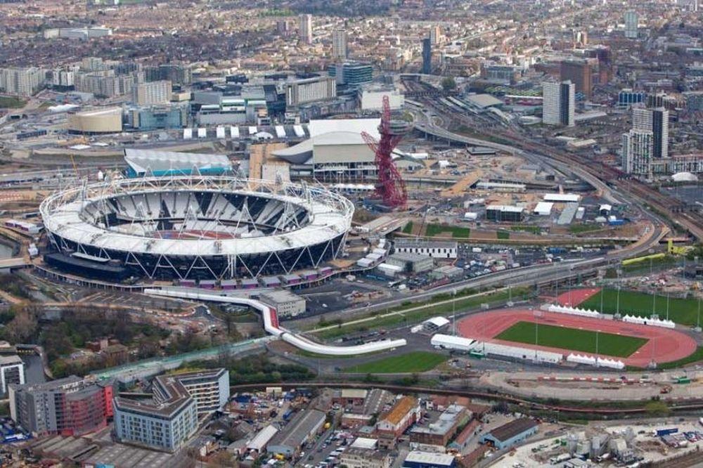 Φωτιά στο Ολυμπιακό Στάδιο του Λονδίνου (video+photos)