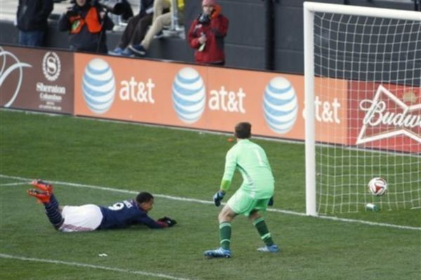 MLS: Βήμα πρόκρισης για Ρεβολούσιον, στο 0-0 η Ρέαλ (video)