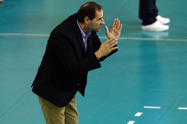 Μουστακίδης: «Μόνο με συγκέντρωση και σερβίς νικάς τον Ολυμπιακό» (video)