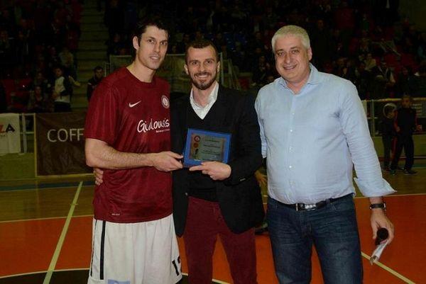 Onsports TV: Βραβεύθηκε ξανά ο Αργυρόπουλος (video)