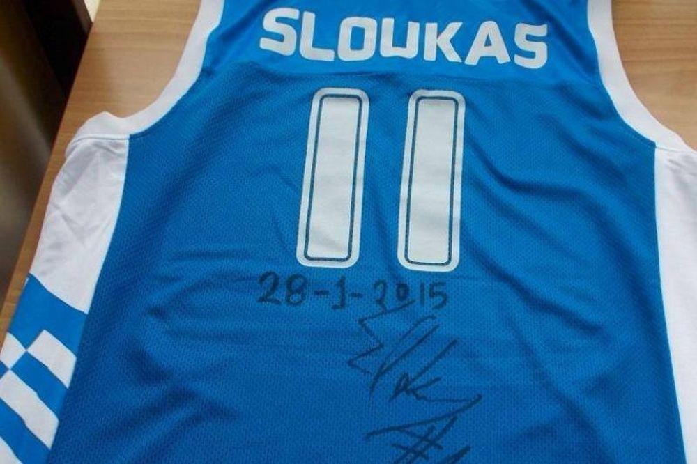 Ολυμπιακός: «Έκθεμα» και ο Σλούκας