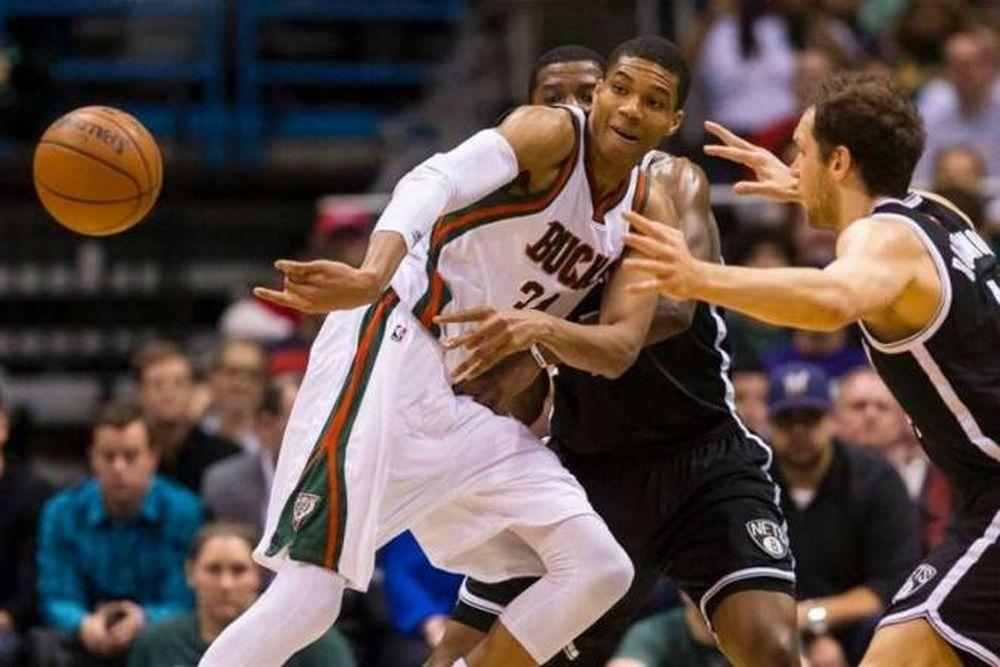 NBA: Top 10 με Αντετοκούνμπο (video)
