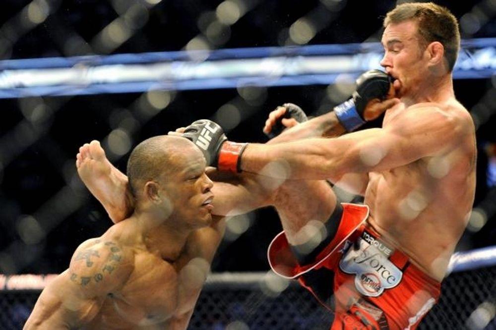 UFC 186: Ντοπέ ο Hector Lombard