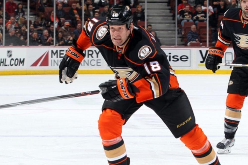 NHL: Νέο συμβόλαιο για Tim Jackman