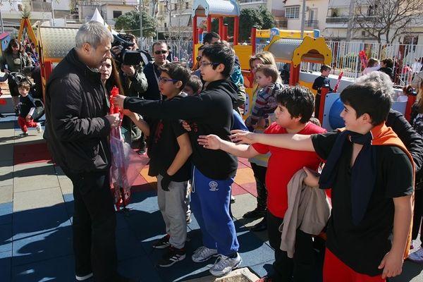 Ολυμπιακός: Μοίρασε χαρά στα παιδιά (photos)
